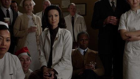 觀賞敬自由和威士忌。第 3 季第 5 集。