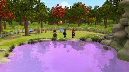 觀賞恐怖的吱吱聲之案 / 紫色池塘之案。第 1 季第 4 集。