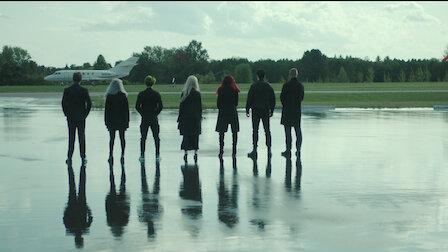觀賞夜翼。第 2 季第 13 集。